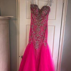 Mac Duggal Fuchsia Pink Prom Dress, Size 12